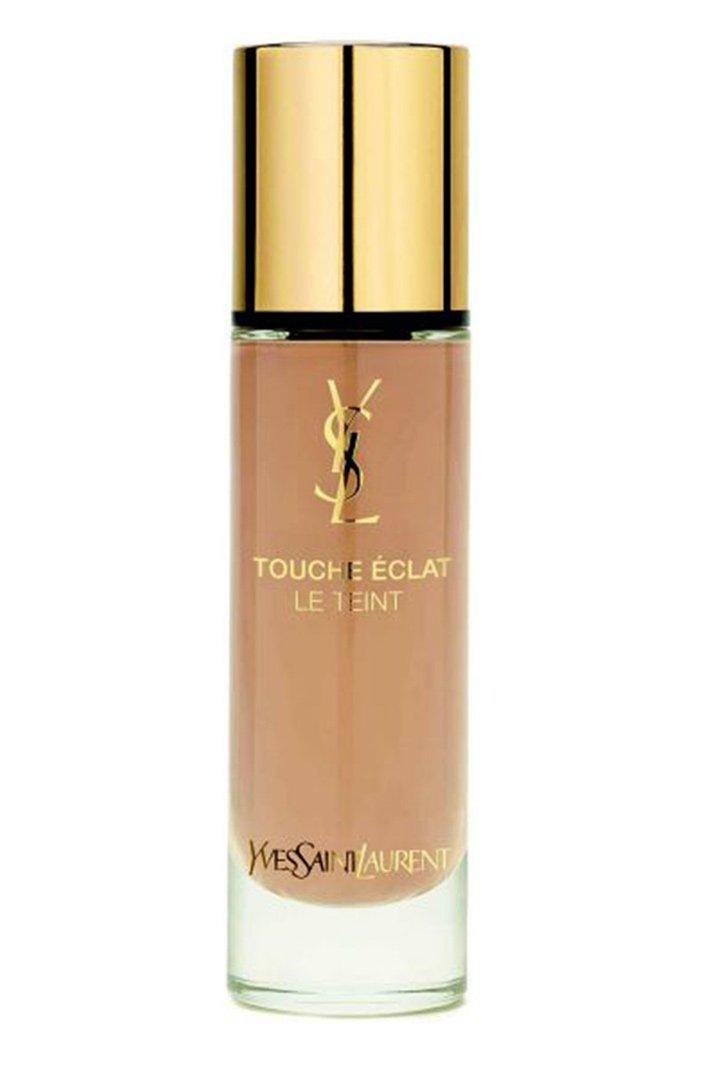 Beige doré 40 de Touche Éclat Le Teint aporta un tono dorado a nuestra piel