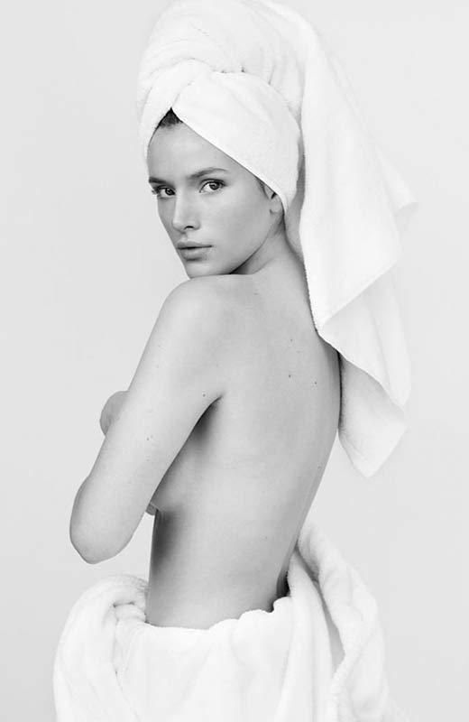 Bella Thorne © Mario Testino