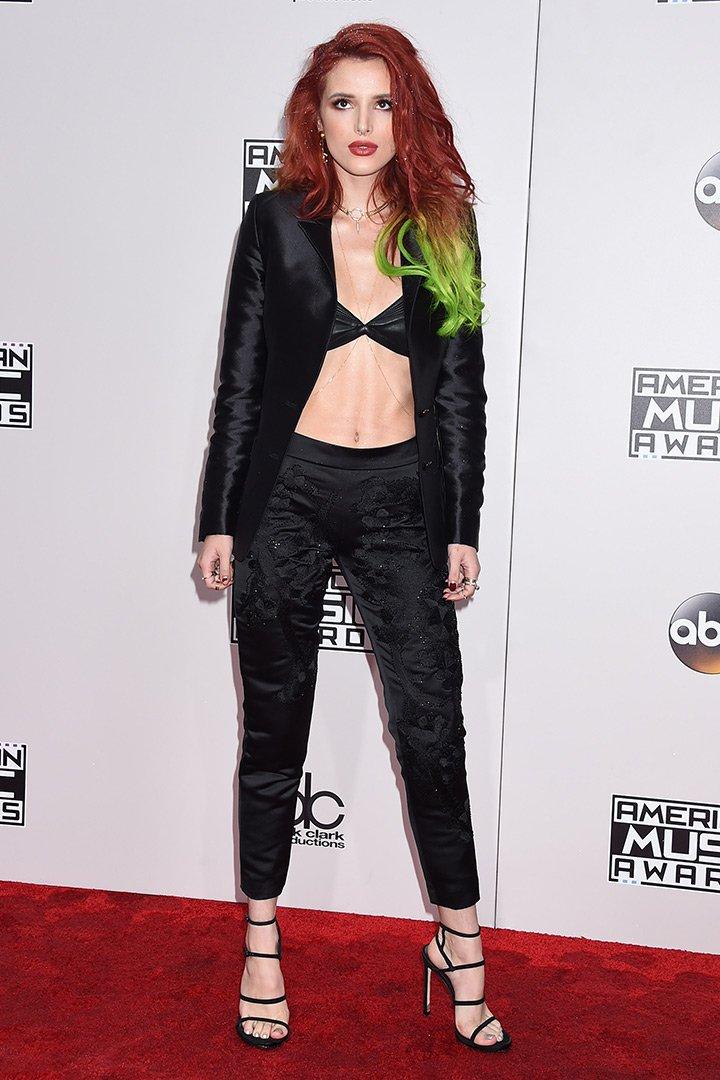 Bella Thorne American Music Awards