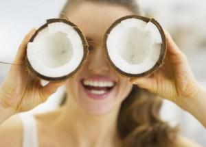 Aceite de coco, el secreto de belleza de las celebrities