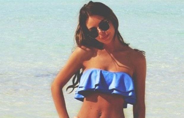 Un bikini con volantes realza nuestro pecho