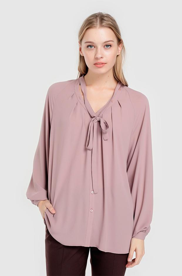 Blusa con lazo de color lila