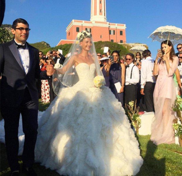 Giovanna Battaglia casándose con un vestido de Alexander Mcqueen