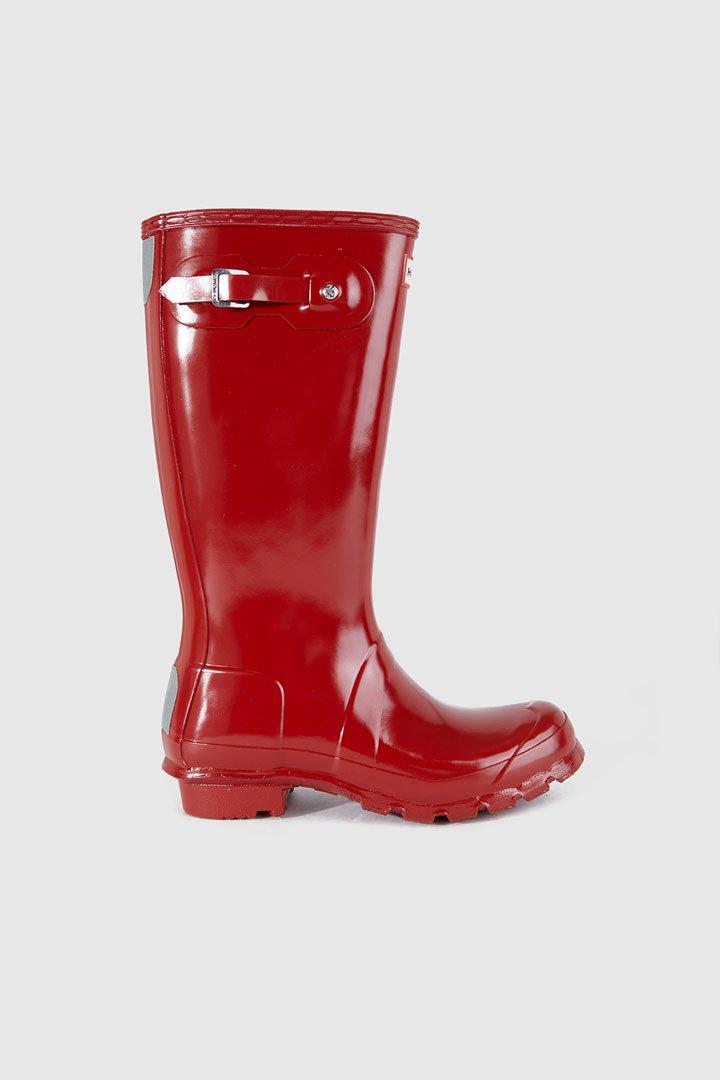 Botas de agua rojas