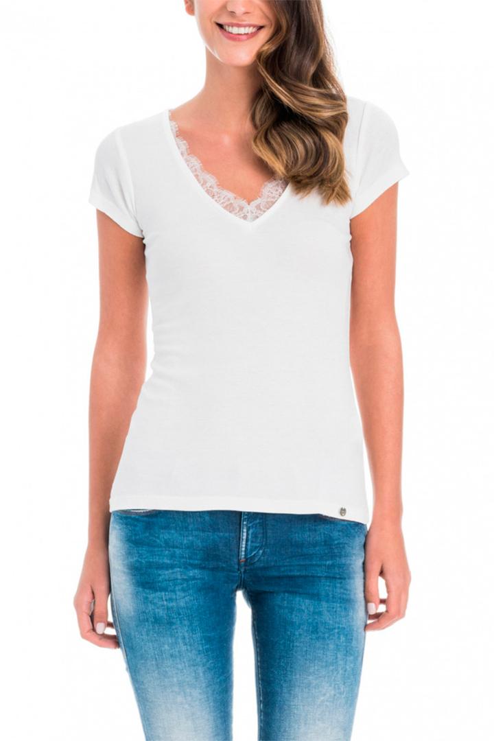 Camiseta blanca de El Corte Inglés