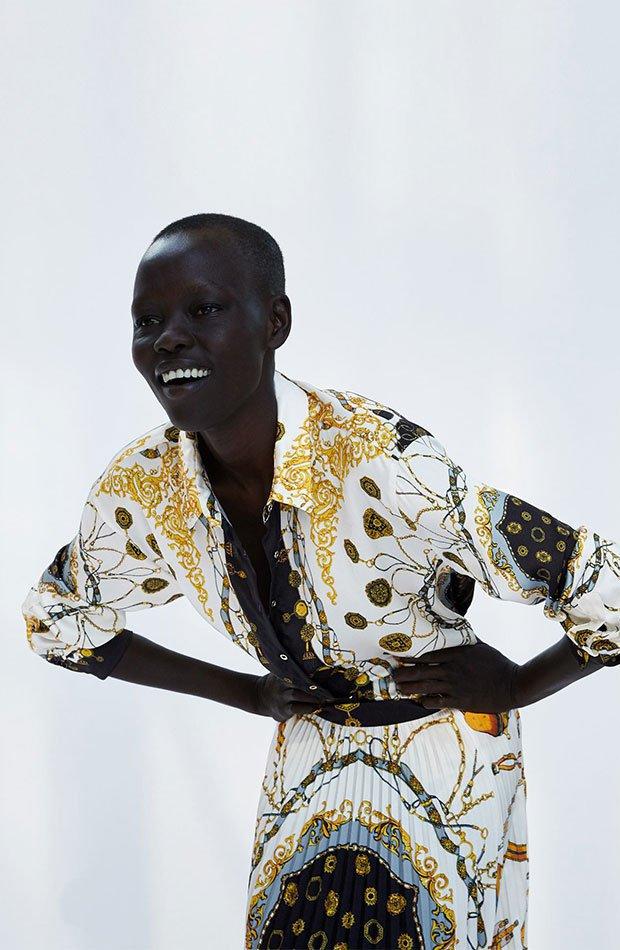 Camisa con botones de estampado pañuelo de Zara