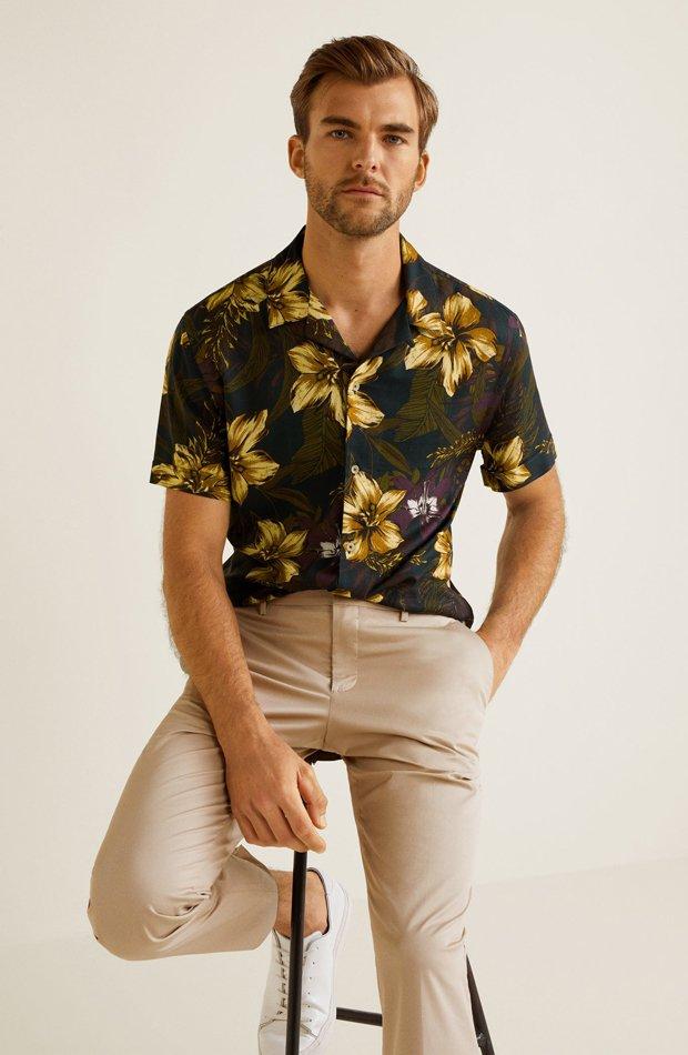 Camisa estampado floral de Mango: tendencias masculinas 2019