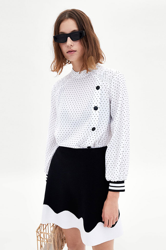 Camisa de estampado de lunares de Zara