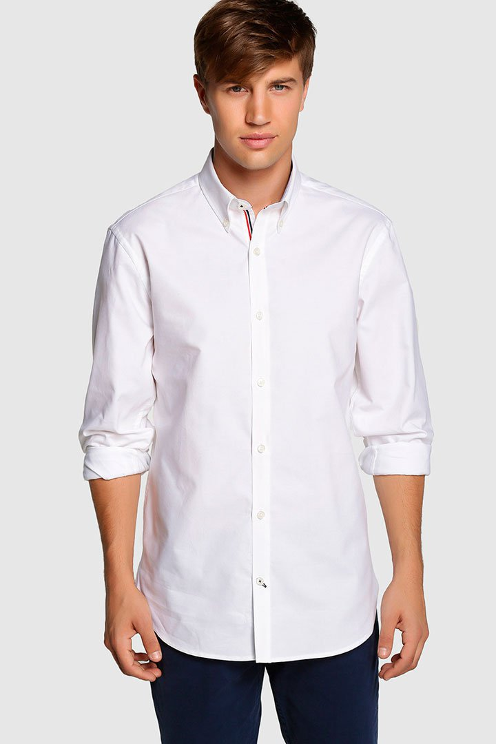 Camisa blanca de Studio Classics