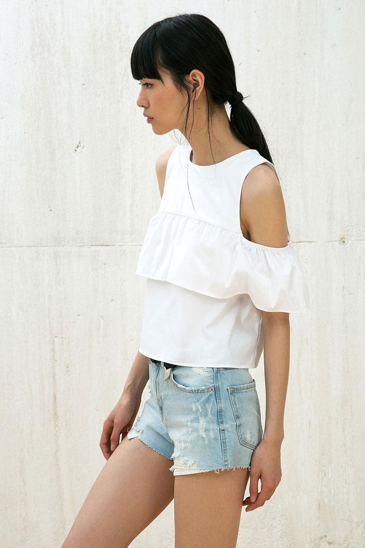 25bdda7f3 Camisas blancas: esenciales en el armario - StyleLovely