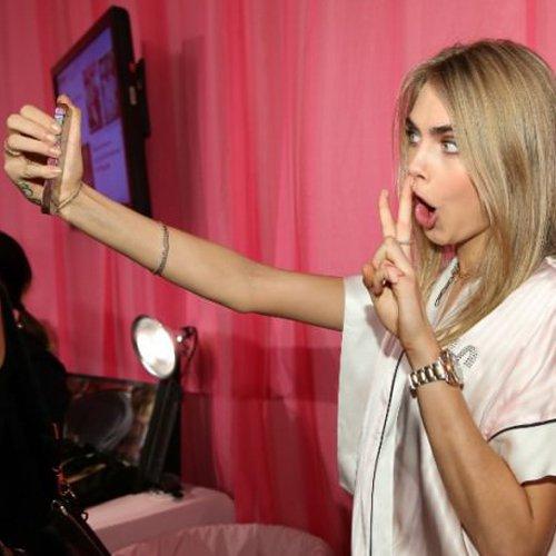 cara-delevingne-selfie-stylelovely