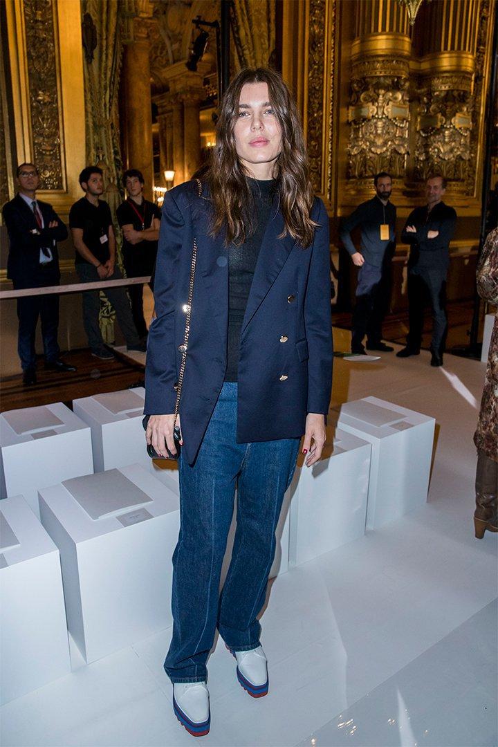 Carlota Casiraghi con blazer
