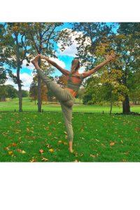 ¿Quiénes son las famosas que practican yoga?
