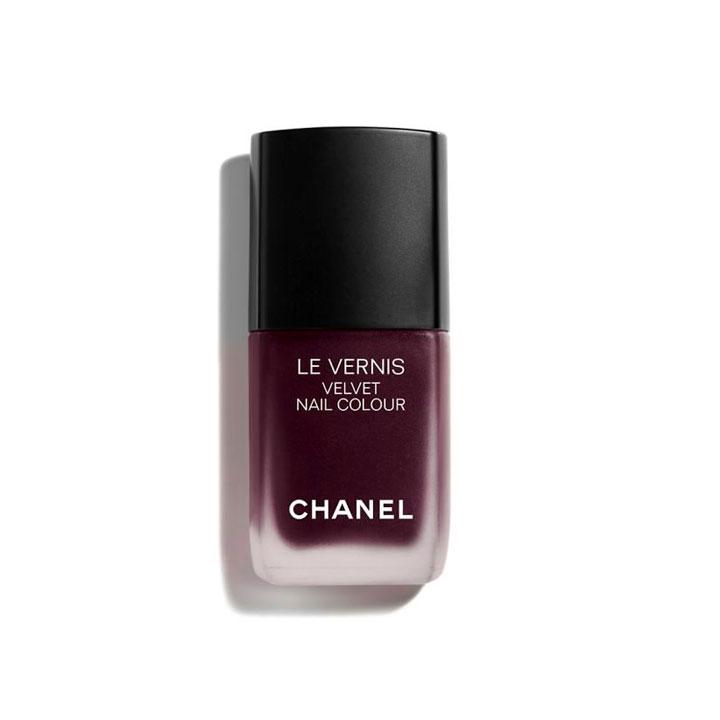 Le Vernis Velvet Nail Colour de Chanel: tendencias maquillaje otoño 2018