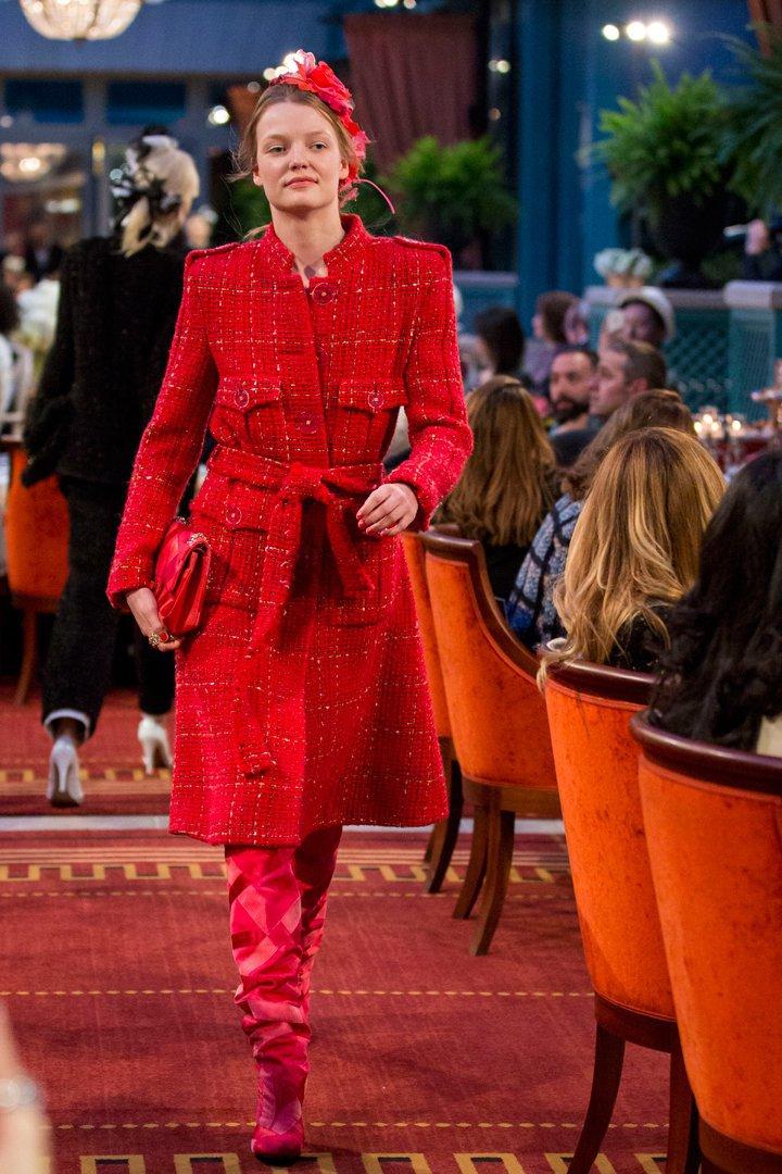 desfile #ParisCosmopolite de Métiers d'Art de Chanel 27