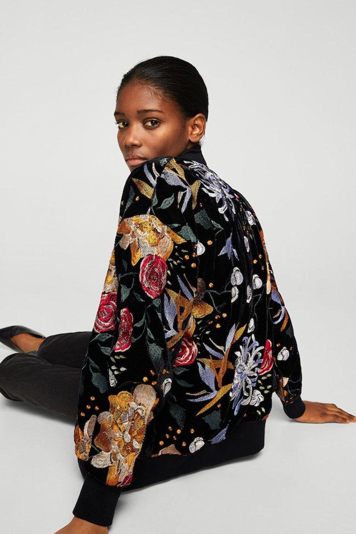 chaqueta bordado floral mango ropa