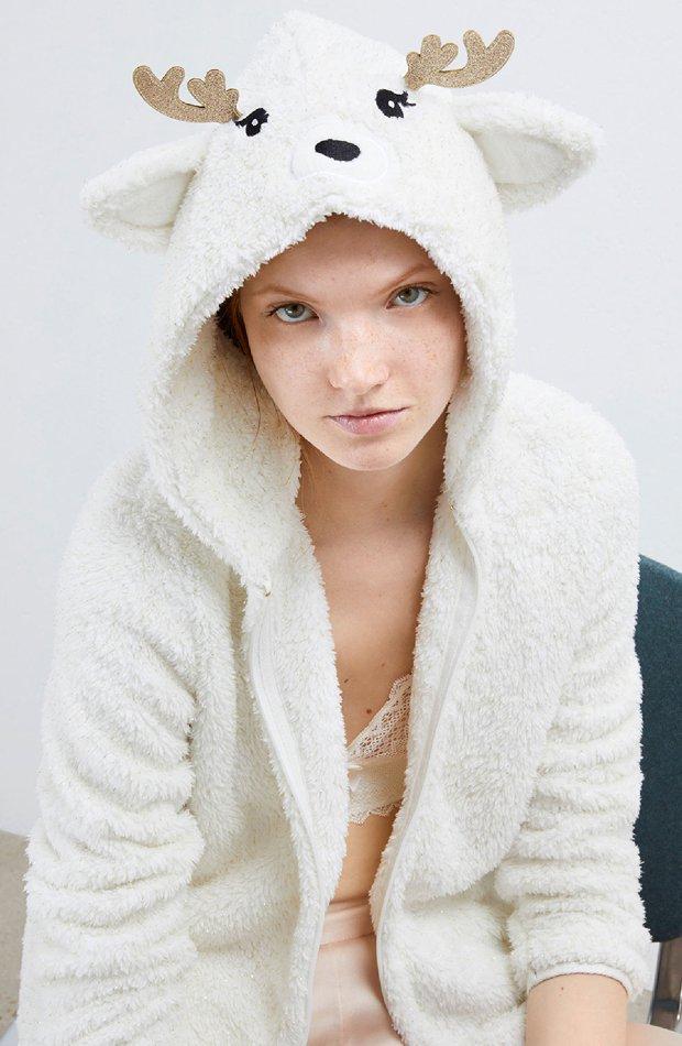 Chaqueta tejido peluche de Etam: pijamas