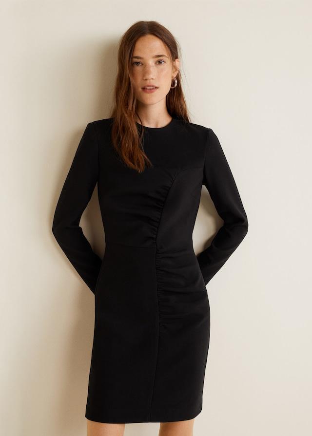 Vestido negro de la Colección fiesta de Mango 2018 2019