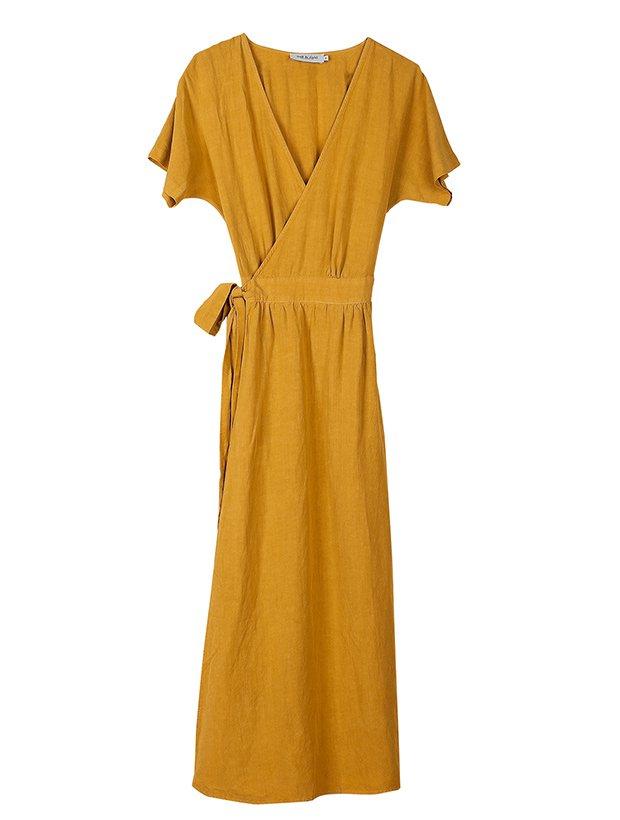 Vestido mostaza de la Colección Primavera Verano 2019 de Indi&Cold