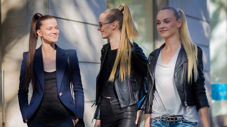 Coletas de verano: modelos paseando por Paris