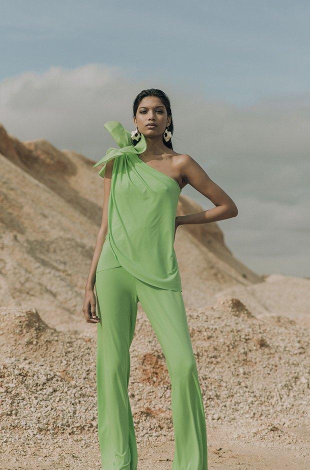Mono verde de la colección SS19 de Colour Nude