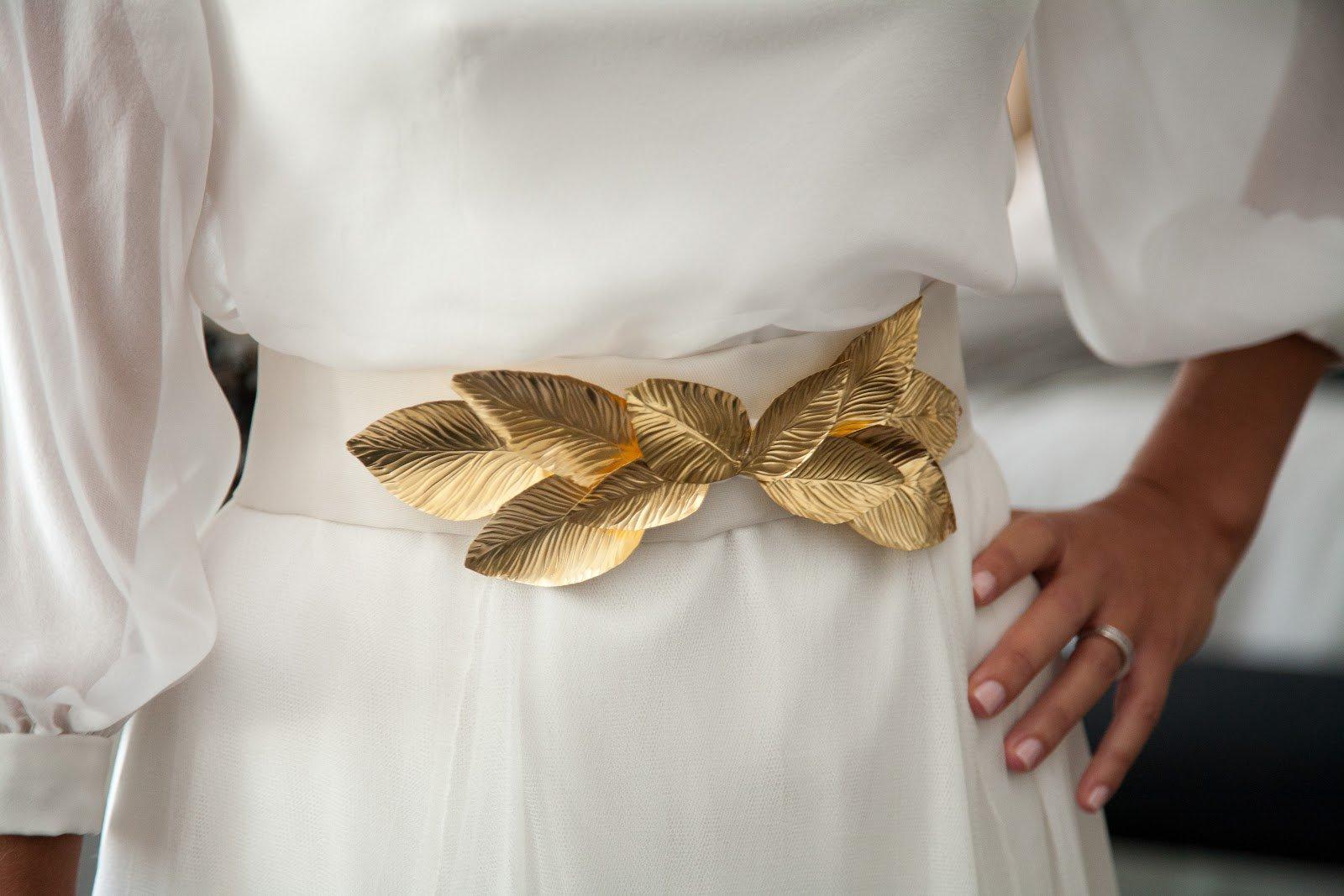novia cinturon hojas dorado sole alonso bride