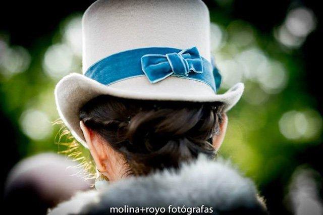 chistera invitada elegante boda sombrero wedding hat (1)