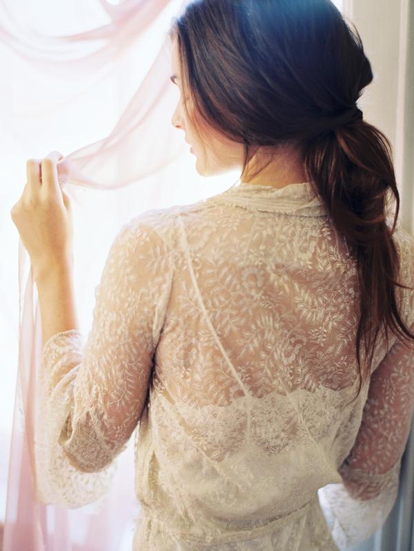 romantic-lace-wedding-boudoir-ideas2