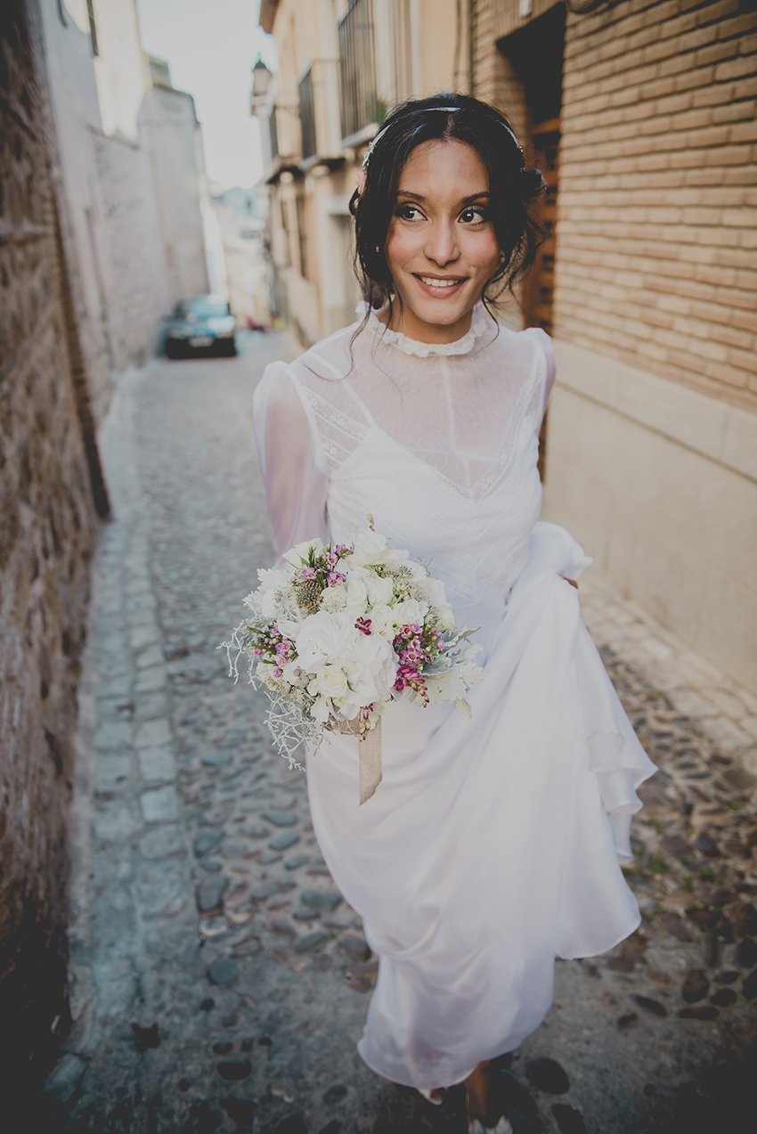 blog_bodas_con_estilo_novias69_069_preboda_nacho_y_natalia_el_cigarral_saralobla_madrid_ny_destination_wedding_photographer