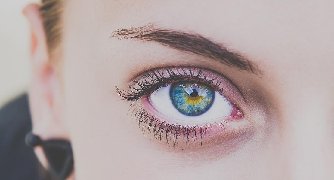 ¿Cuándo hay que empezar a usar contorno de ojos?
