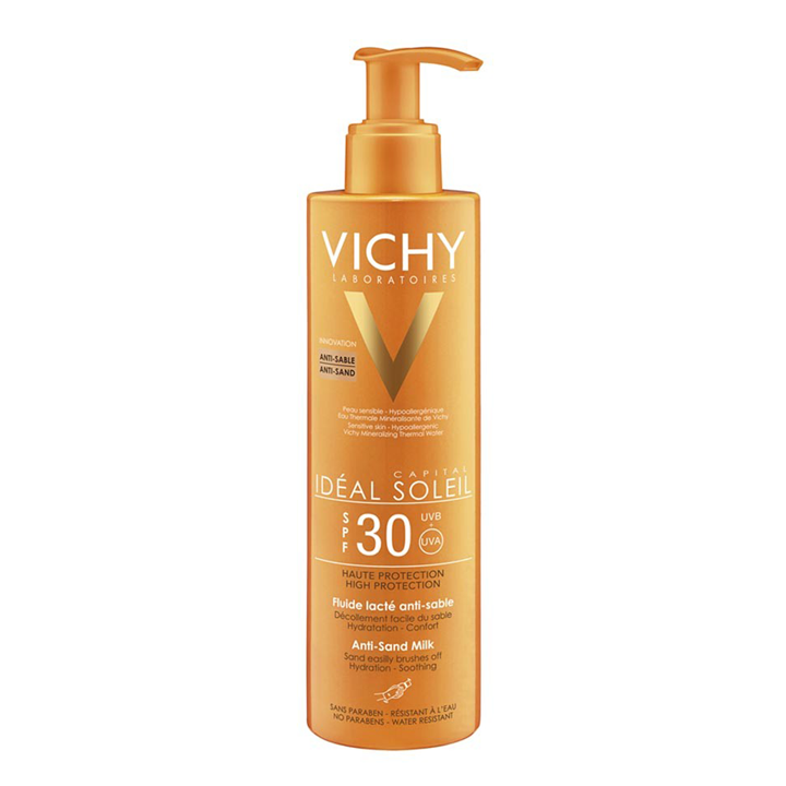 Crema solar de Vichy: practicar deporte en la playa