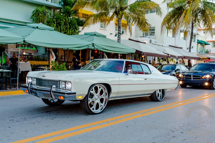 Ocean Drive Miami Crimenes de la Moda