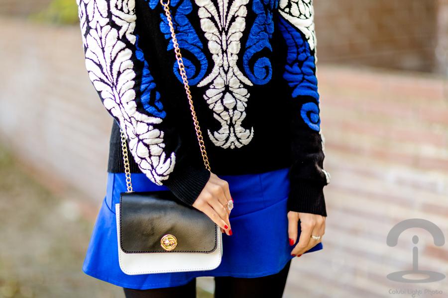 Look azul y negro Crimenes de la Moda