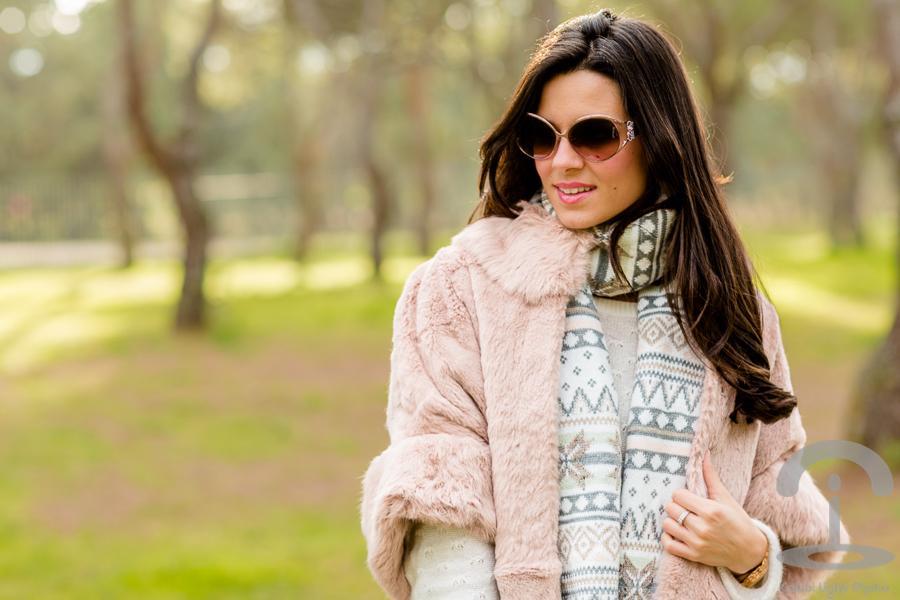Look rosa y gris Crimenes de la Moda