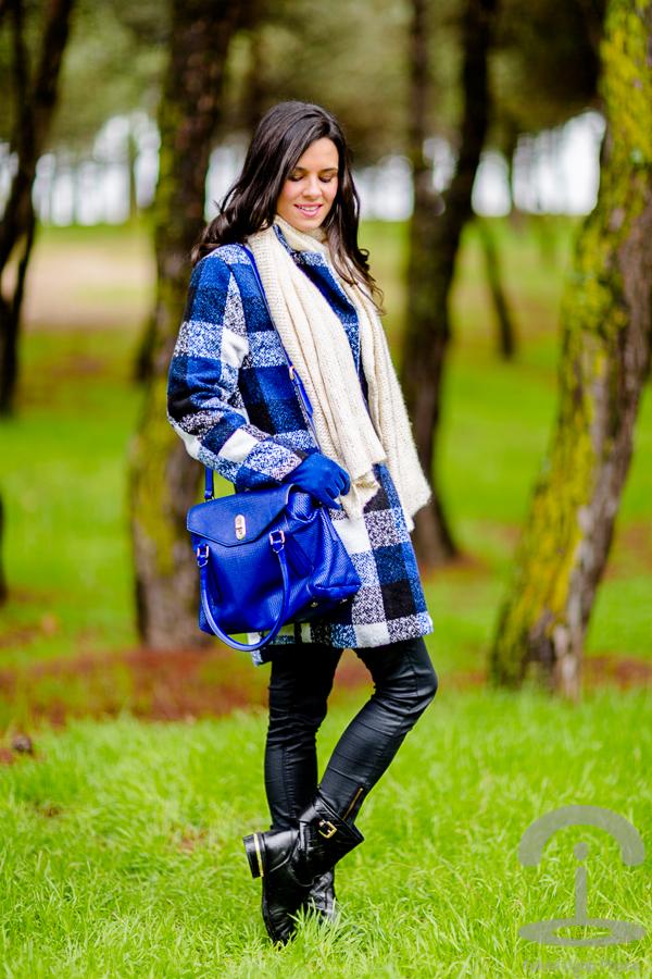Abrigo tartán Crimenes de la Moda
