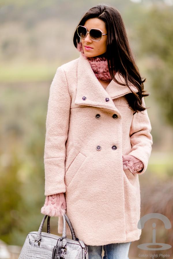 Abrigo rosa Crimenes de la Moda