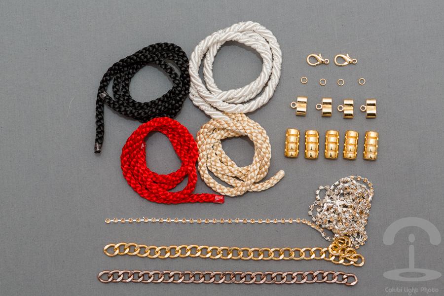 DIY Collar con cordones Crimenes de la Moda