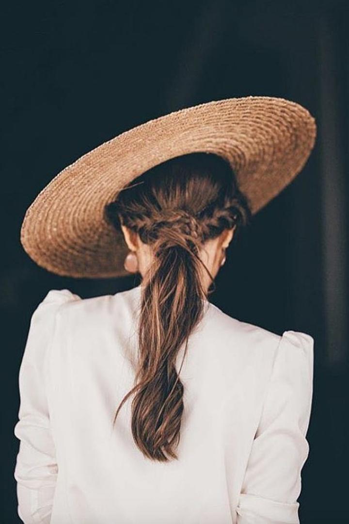 Coletas especiales: peinados invitada verano 2018