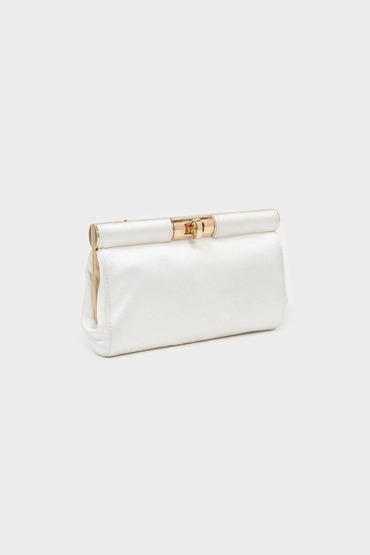 Bolso blanco con asa dorada