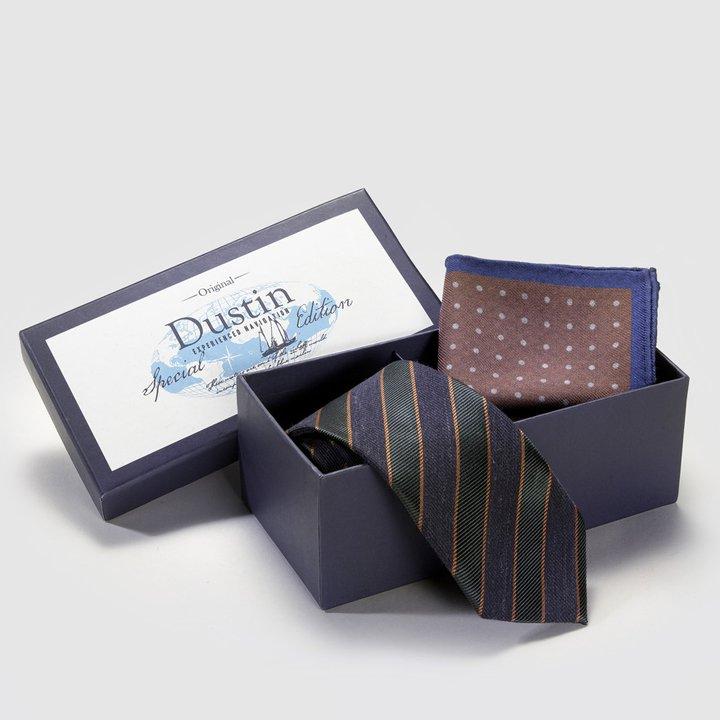 Estuche de corbata y pañuelo de bolsillo estampado de Dustin: ideas regalos de última hora