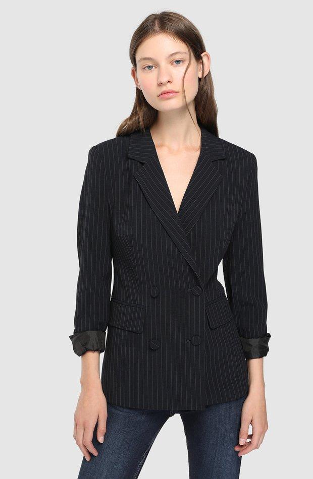 Blazer de rayas con cierre cruzado de Easy Wear: chaqueta temporada 2019