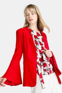 Look de oficina: 12 prendas en rojo