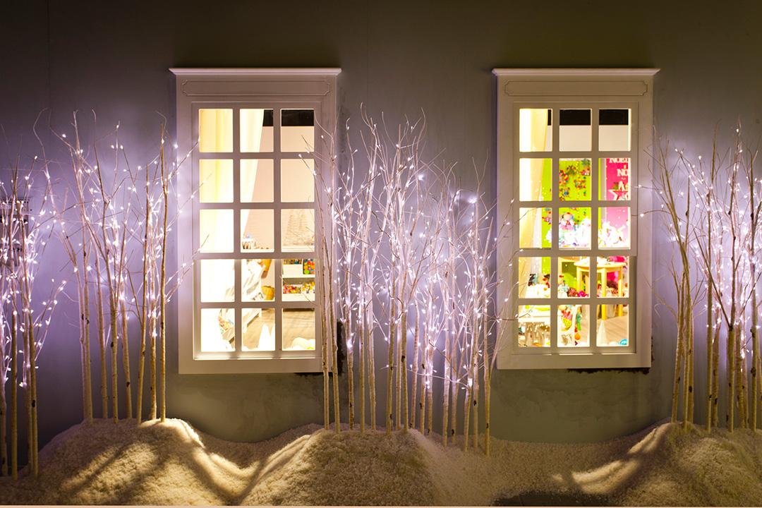 Decoración de navidad con luces y guirnaldas   stylelovely