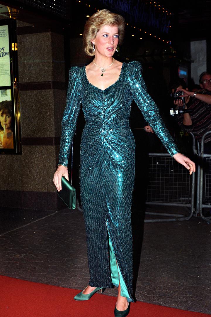 Diana de Gales con vestido de lentejuelas