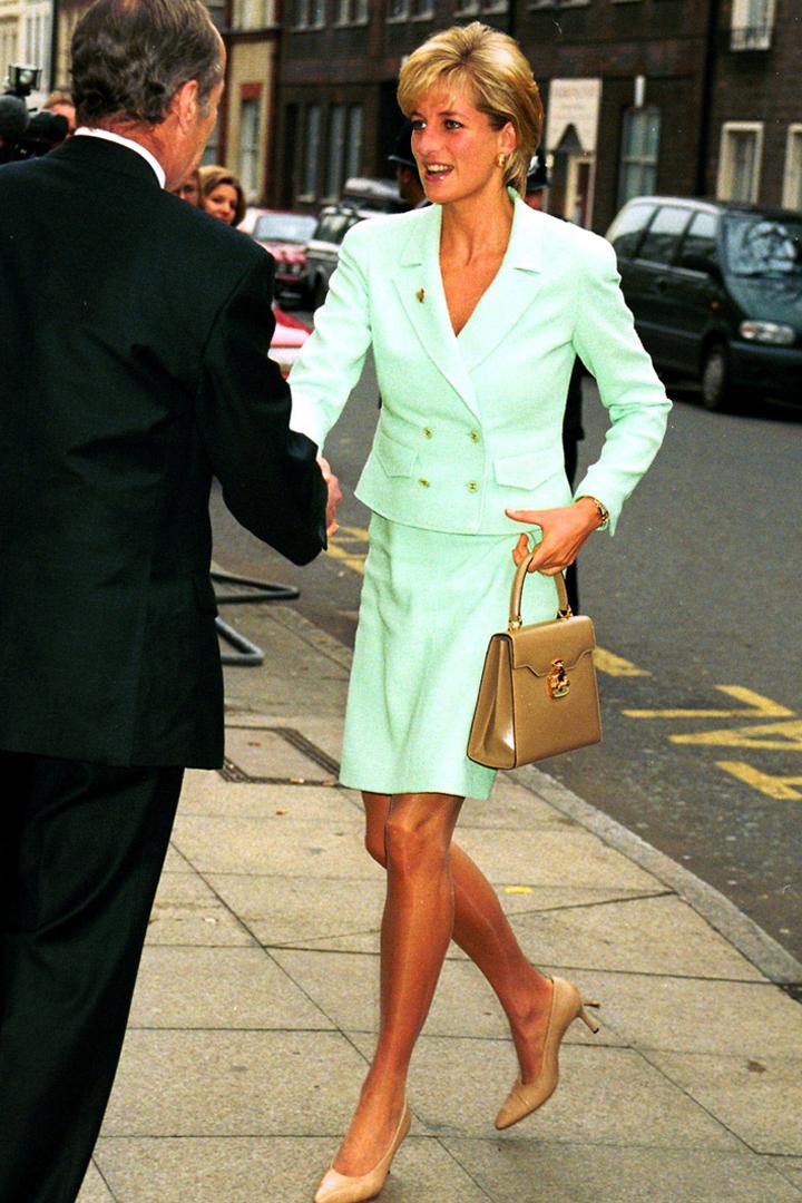El estilo de Diana de Gales: con traje de chaqueta