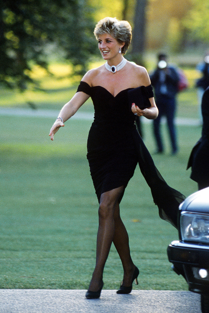 El estilo de Diana de Gales: con vestido negro