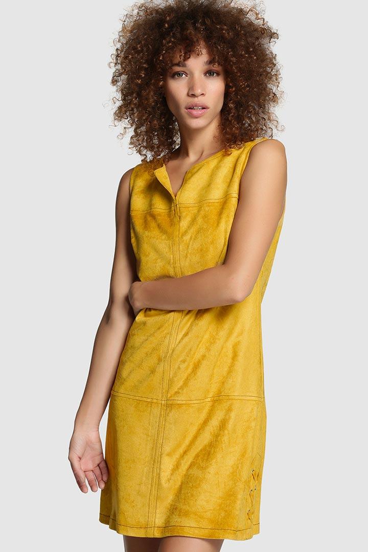 Vestido de antelina amarillo