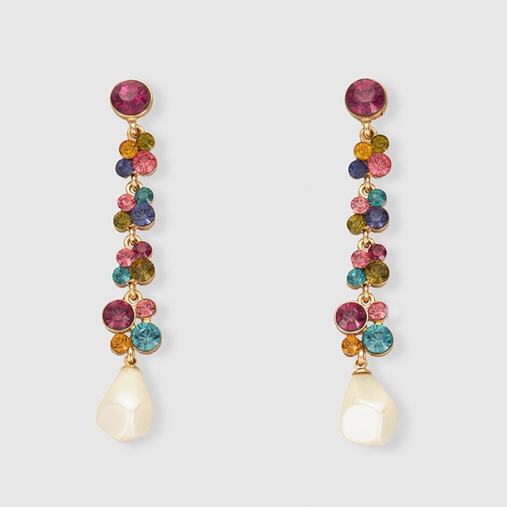 Pendientes pedrería multicolor y perla de El Corte Inglés: complementos look fiesta