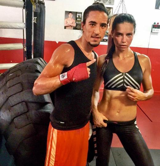 deportes celebrities tire training adriana lima