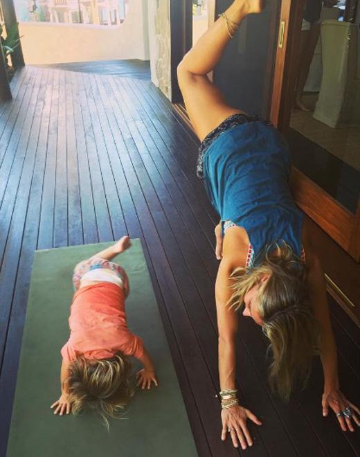deportes de las celebrities yoga